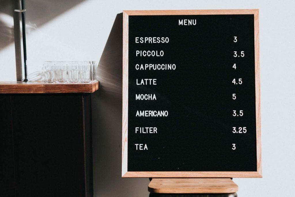 tableau du menu de la semaine d'un cafe